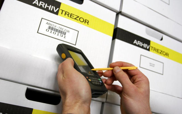 Documents organization and storage Arhiv-Trezor allows you to have the paperwork required for your successful business stored in a safe place, and as soon as you need it, delivered in the shortest possible time.
